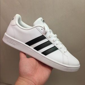 Adidas Grand Court Sneakers